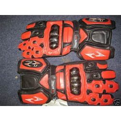 RS Trojan Glove Red